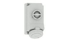 Surface-mounting socket outlet, switched, interlocked